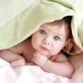 Чому трясеться підборіддя у новонародженого