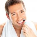10 Простих способів перемогти неприємний запах з рота. Збережи свіжий подих!