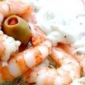 Морепродукти не тільки смачні, але й корисні. А ці креветки під соусом - це щось!
