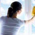 Як правильно мити вікна?