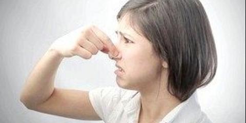 Як позбутися неприємного запаху з рота
