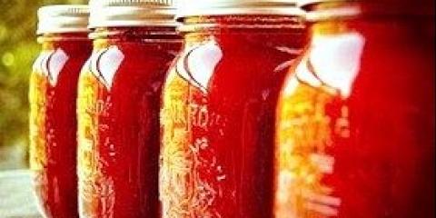 Як консервувати салати з помідорів на зиму - фото рецепти