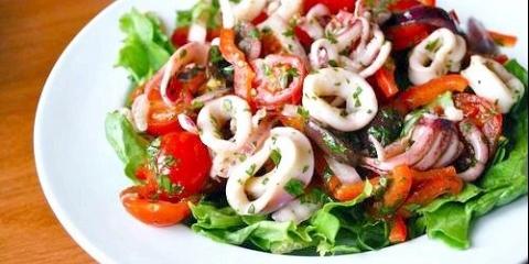 Відмінні рецепти пісних страв з кальмарів