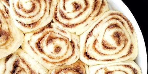 Рецепт для всіх любителів кориці. Пряні булочки, смак і запах яких зводить з розуму!