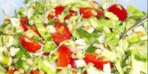 Салат зі свіжих овочів з гірчичною заправкою