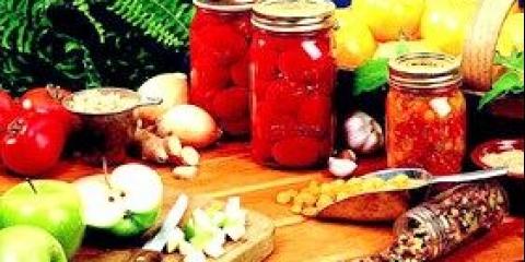 Готуємо консервовані томати